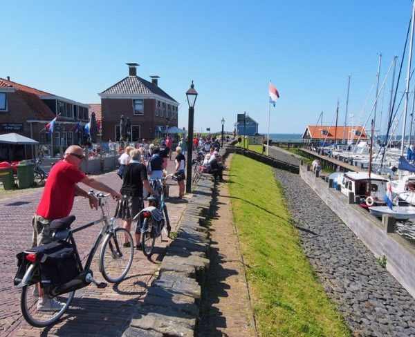 E-Bike testen in Hindeloopen.