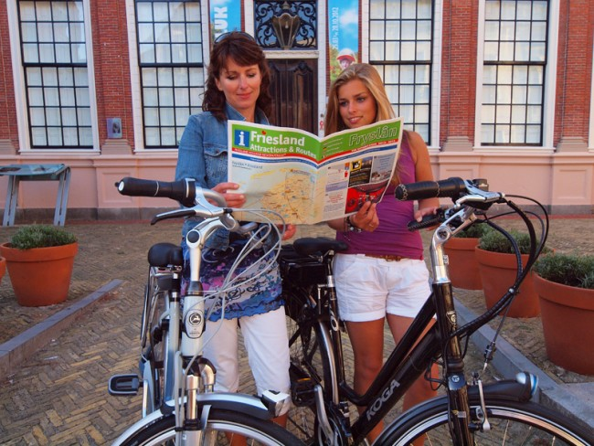 Friesland Holland Tourist Information and Travel Service. Tourist Map.